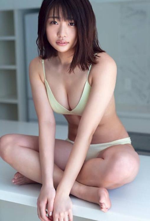 石田桃香 画像030