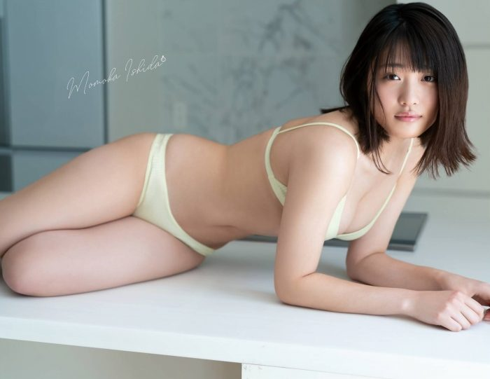 石田桃香 画像037