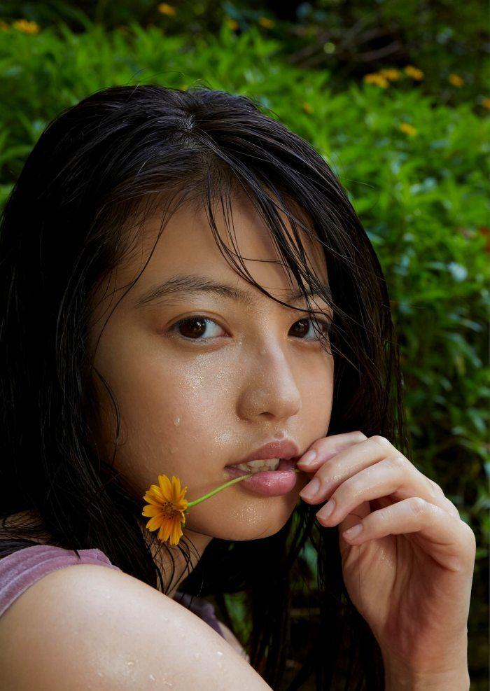 今田美桜 画像044