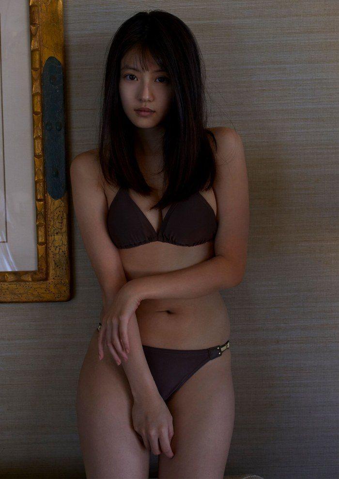 今田美桜 画像057