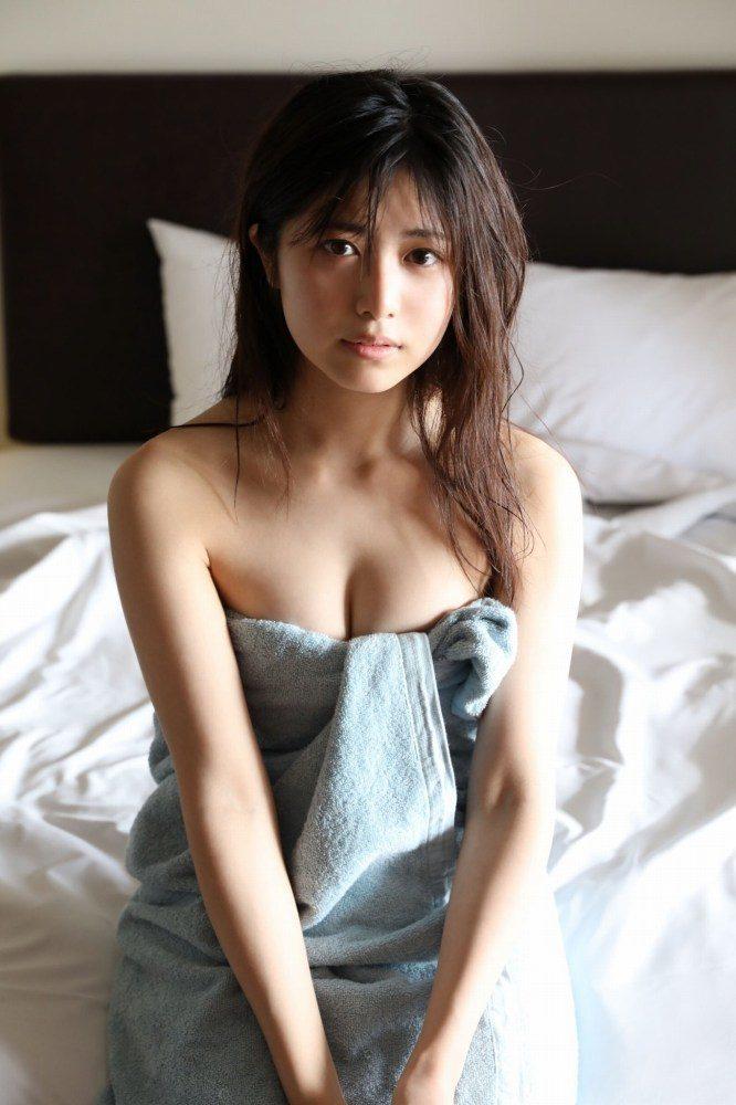 吉田莉桜 画像015