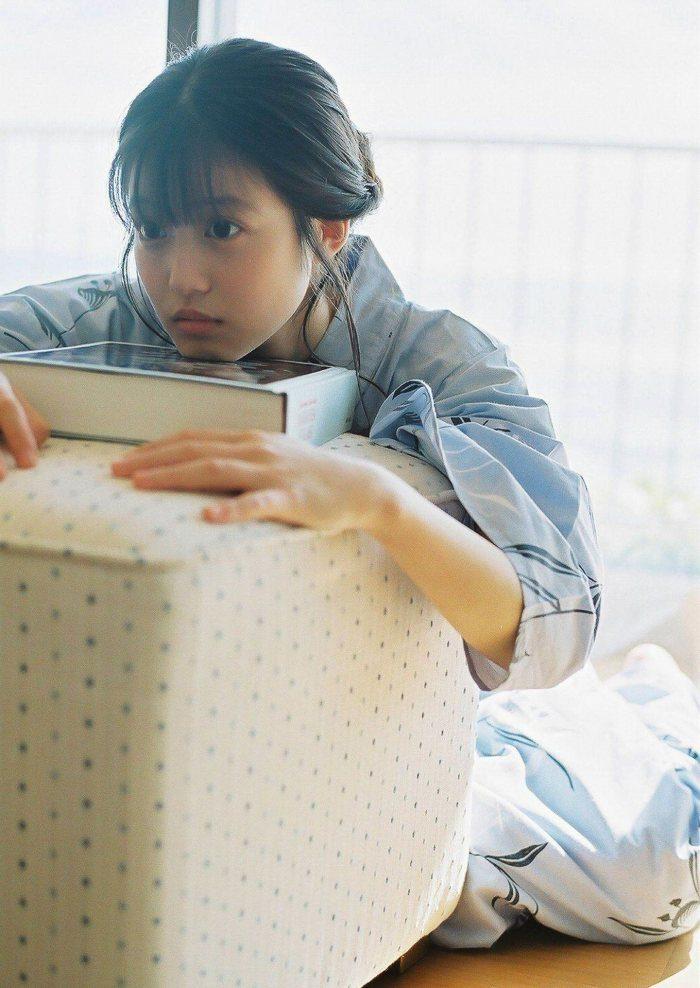 今田美桜 画像029