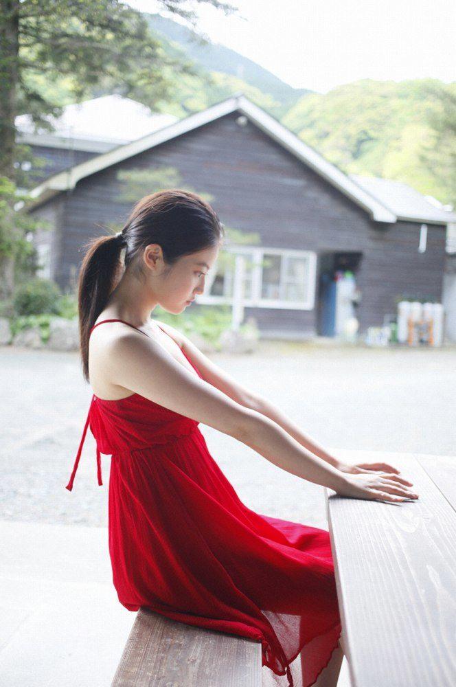 今田美桜 画像058