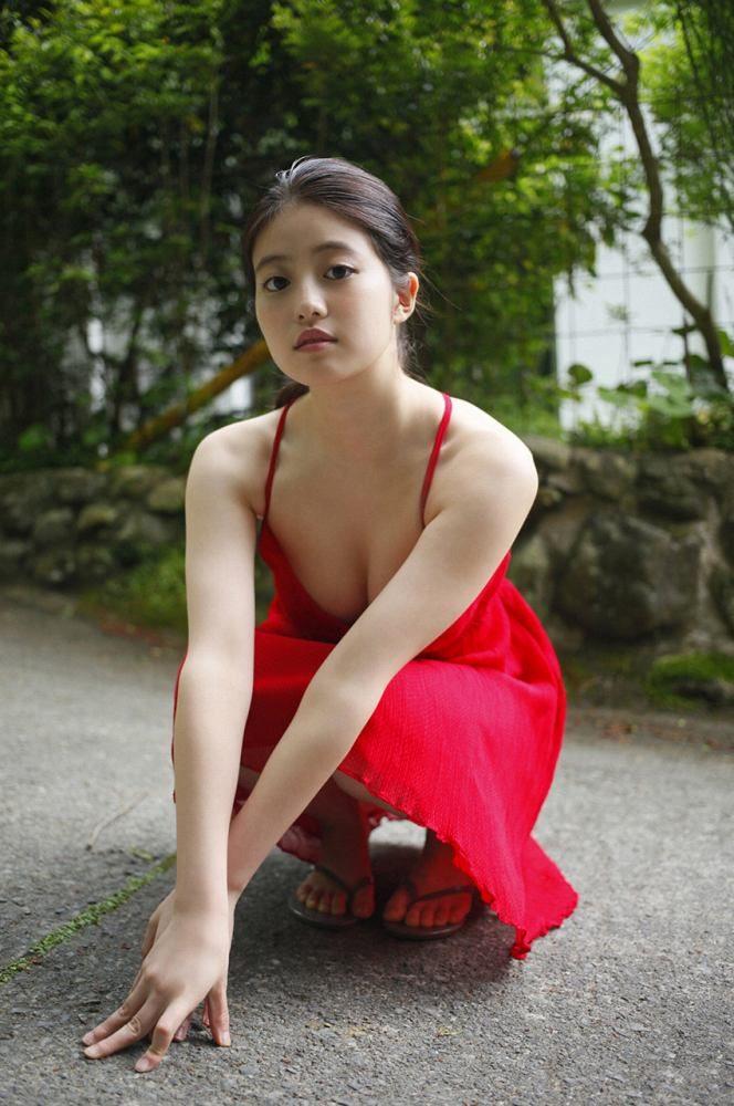 今田美桜 画像062