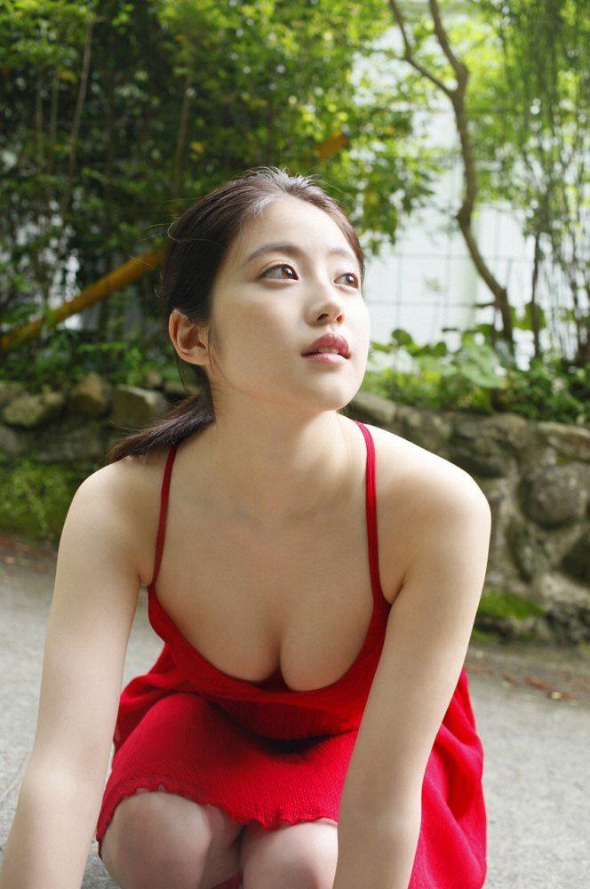 今田美桜 画像064