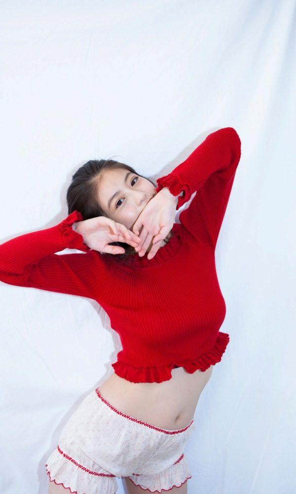 今田美桜 画像030