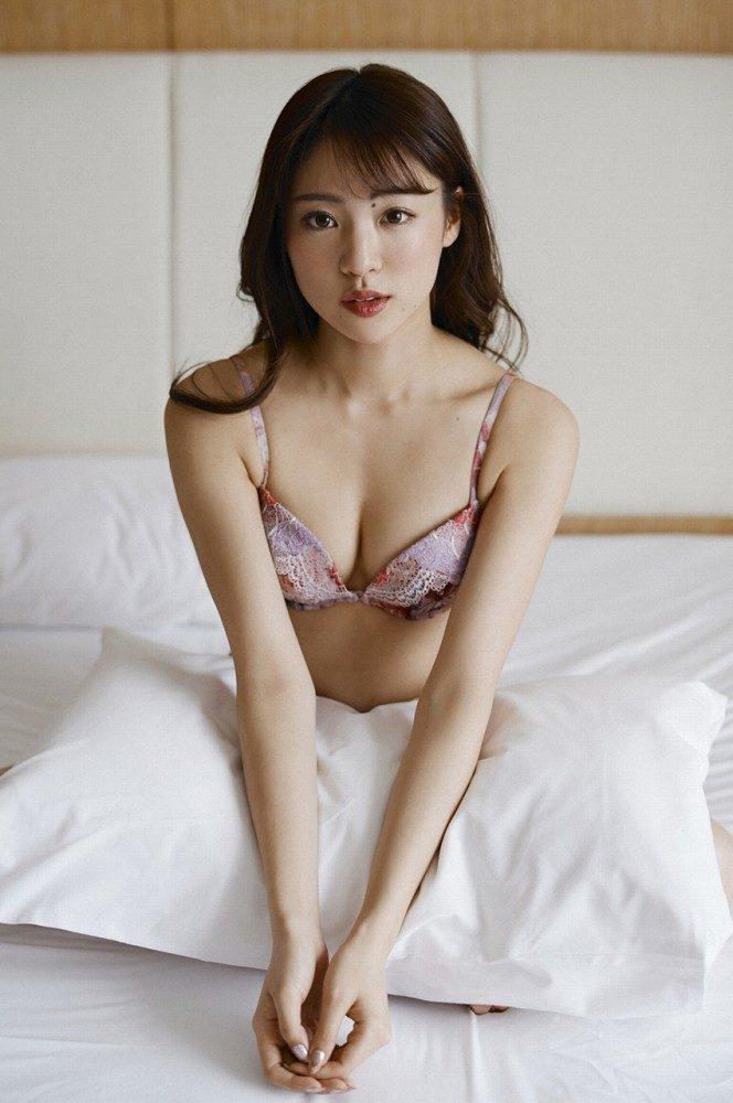 志田友美 画像030