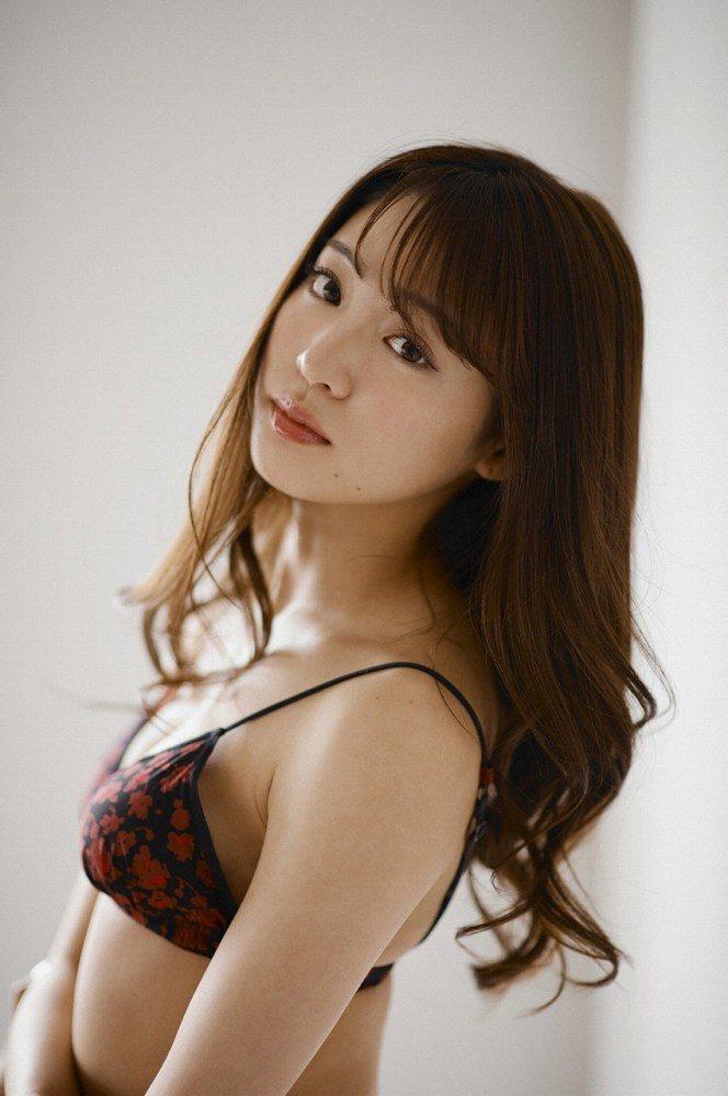 志田友美 画像041
