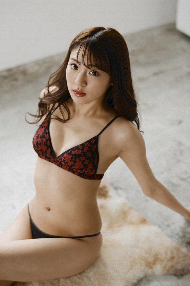 志田友美 画像048