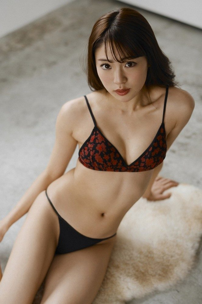 志田友美 画像049