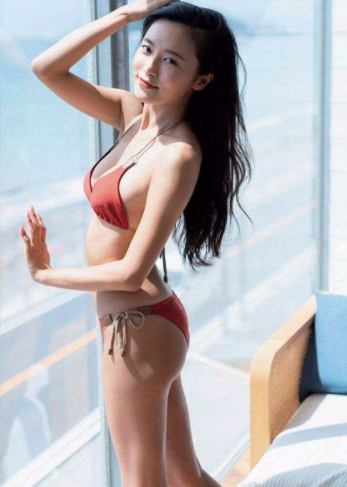 小島瑠璃子 画像006