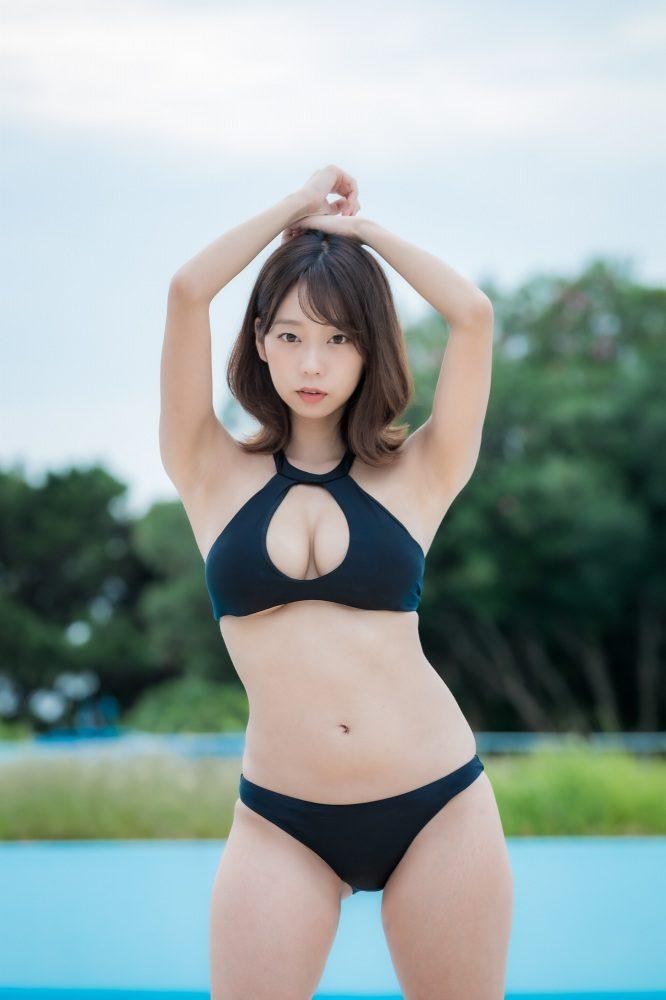 青山ひかる 画像015