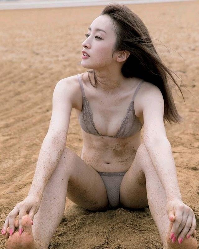 梅田彩佳 画像014