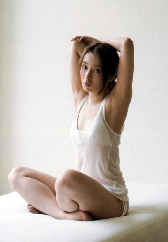 梅田彩佳 画像026