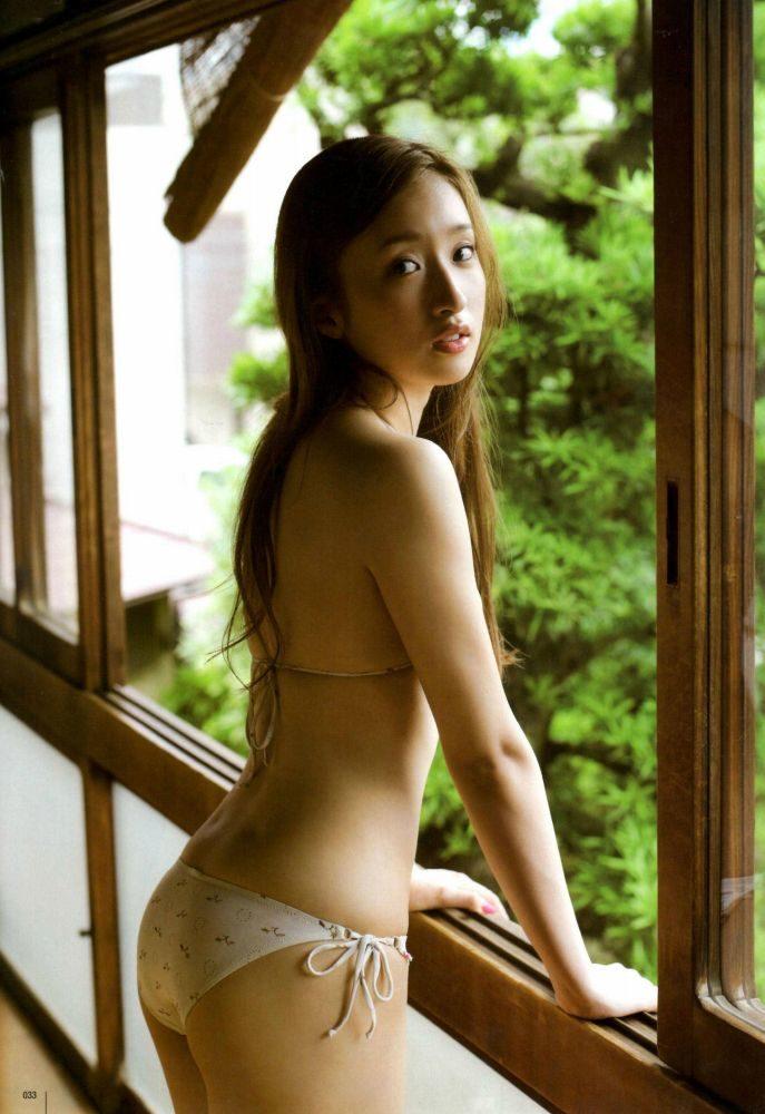 梅田彩佳 画像042