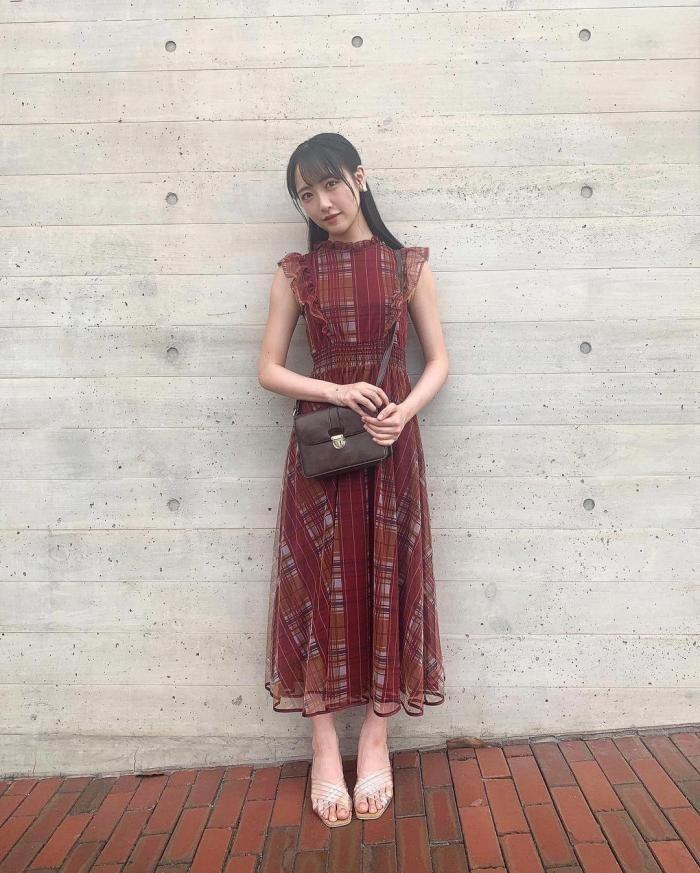 石田千穂 画像038