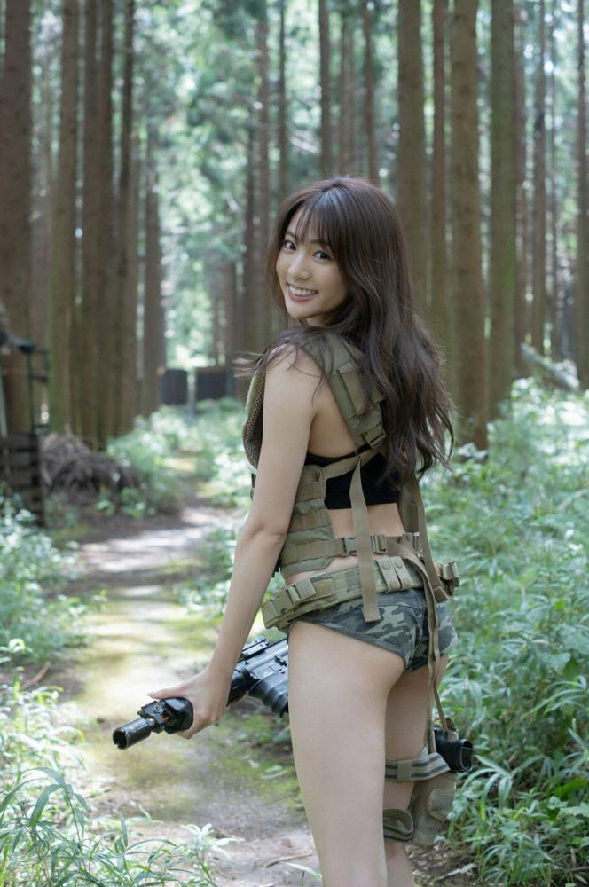 志田友美 画像002