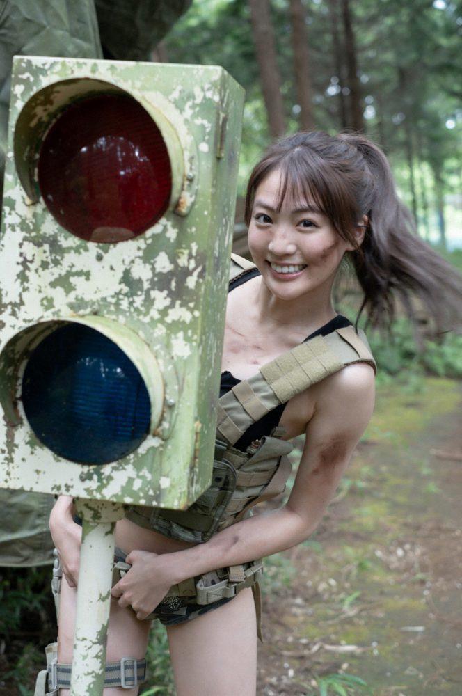 志田友美 画像054