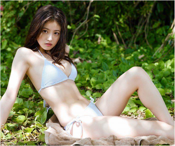 今田美桜 画像015