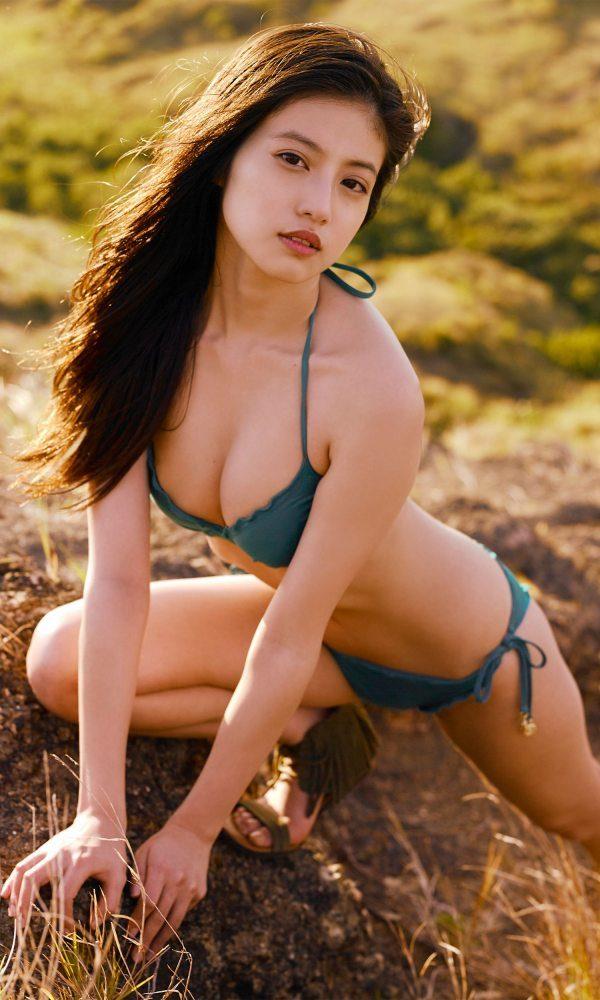 今田美桜 画像026