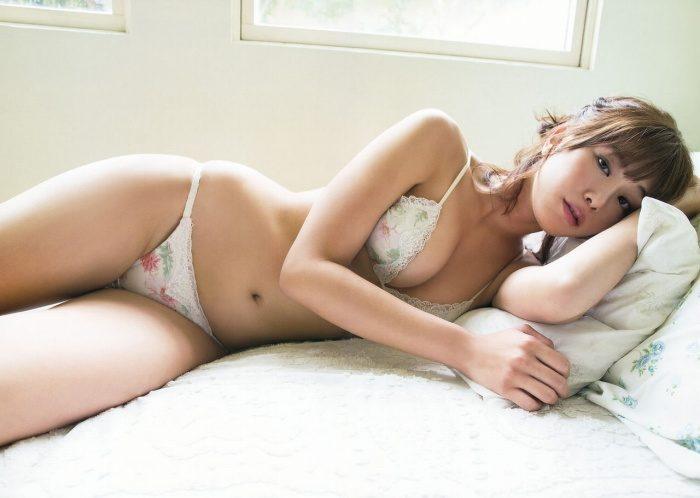 稲村亜美 画像018