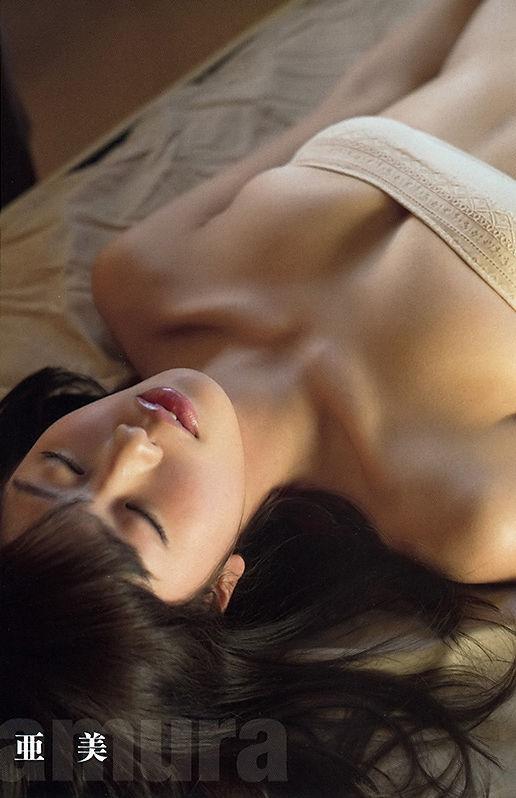 稲村亜美 画像027