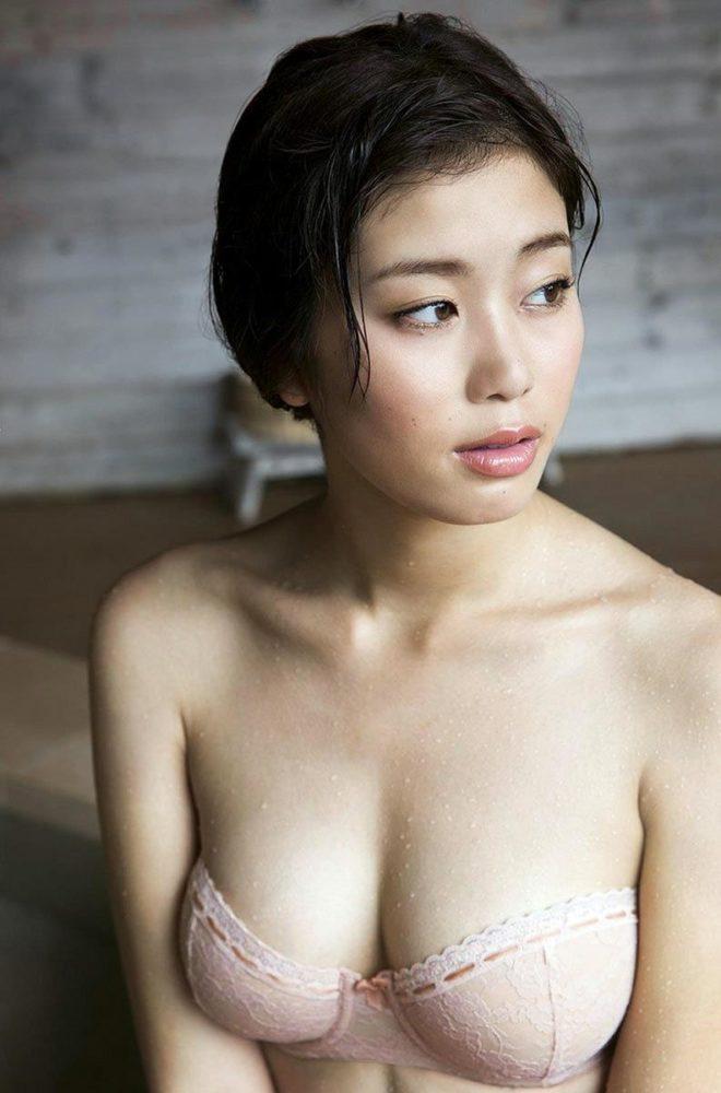 稲村亜美 画像081