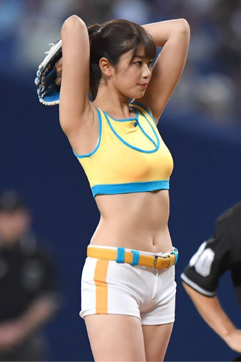 稲村亜美 画像091