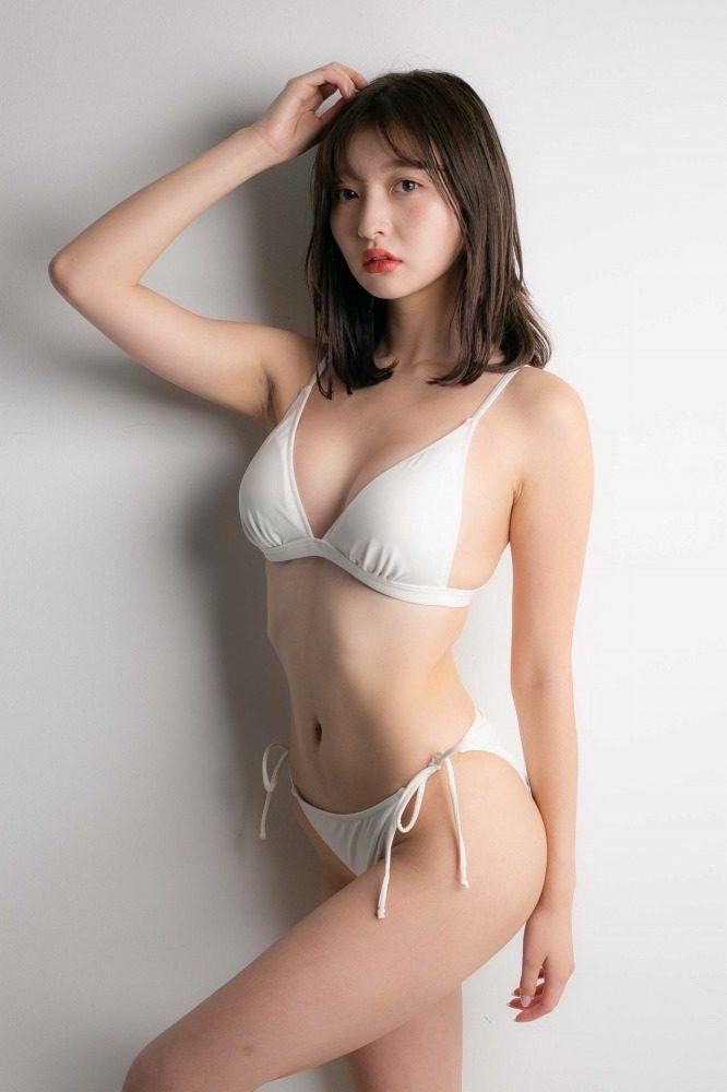 橋本萌花 画像058