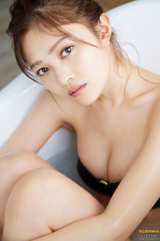 井上咲楽 画像017