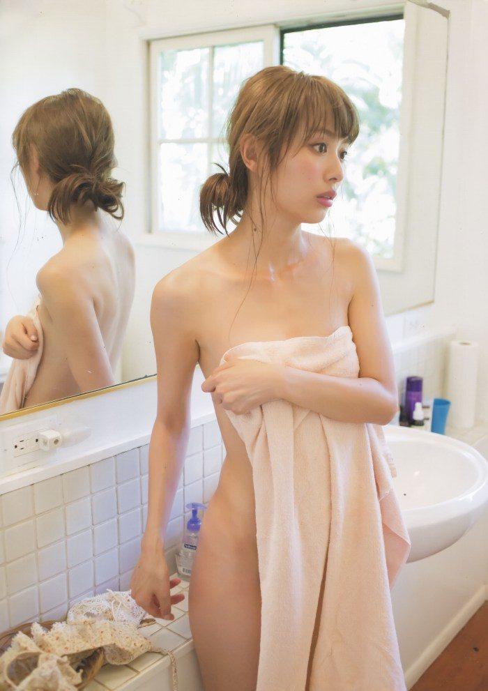 内田理央 画像065