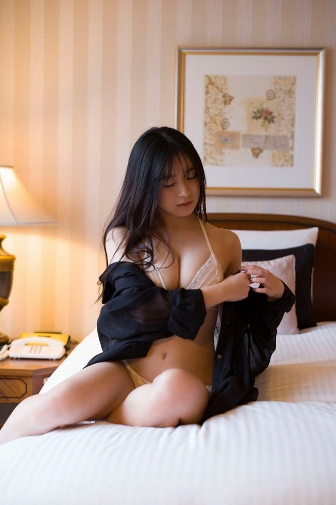 早川渚紗 画像074