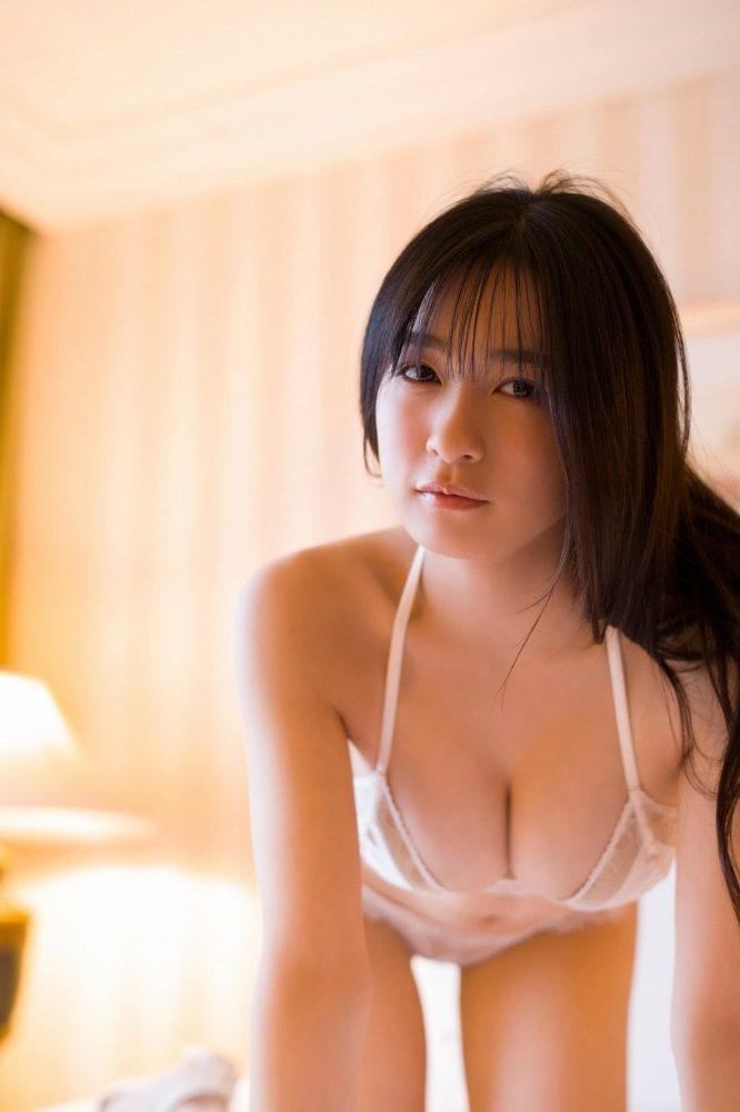早川渚紗 画像076