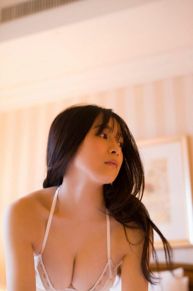 早川渚紗 画像077
