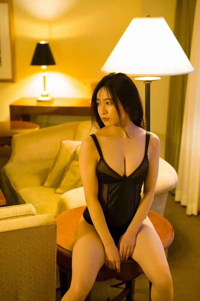 早川渚紗 画像081