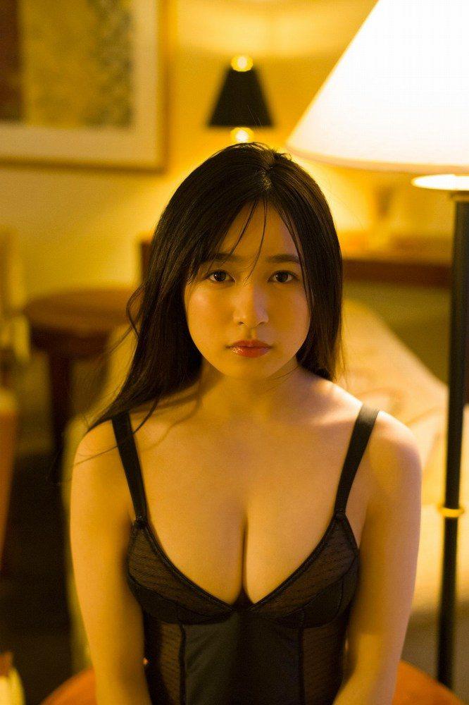早川渚紗 画像082