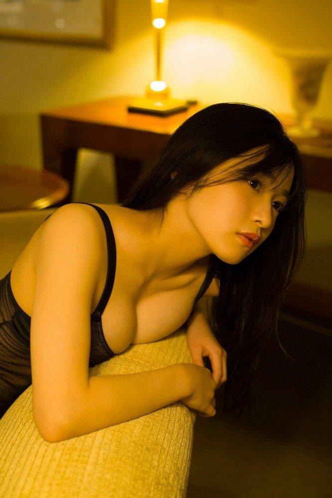 早川渚紗 画像086