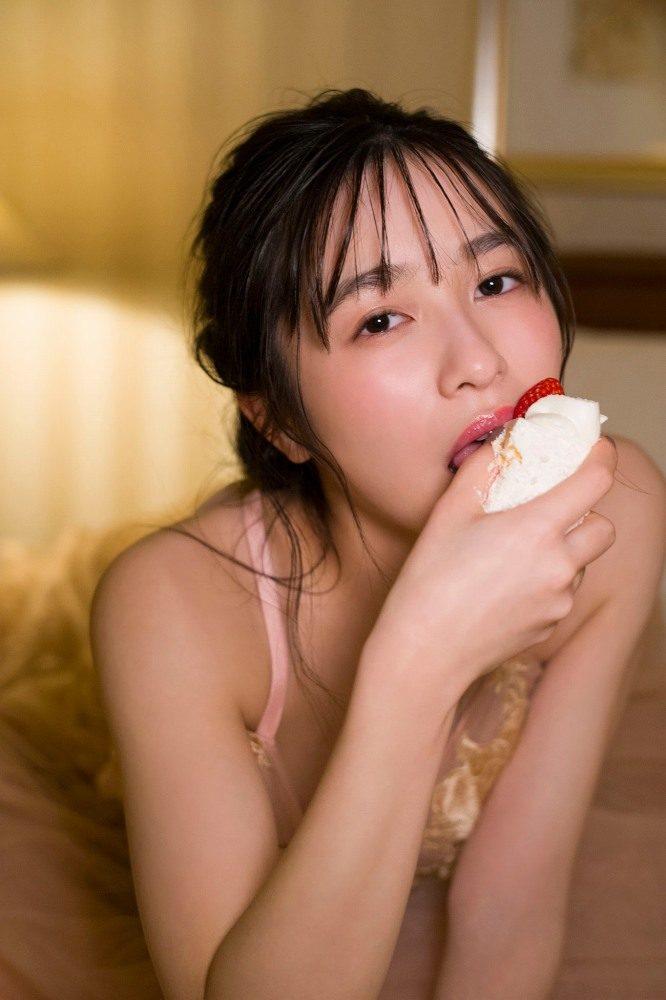 早川渚紗 画像094