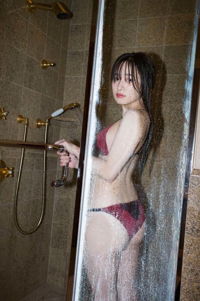 早川渚紗 画像099