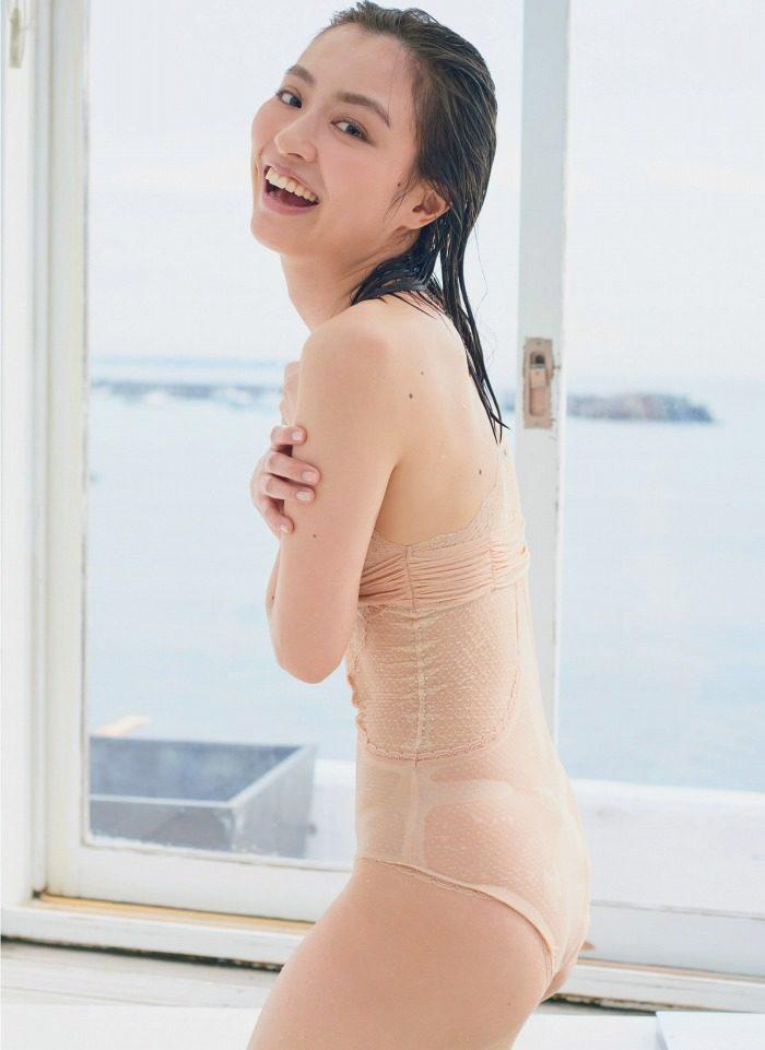 内田理央 画像013