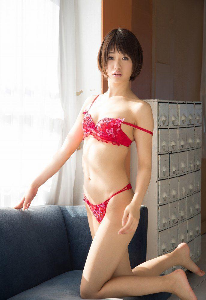 川上奈々美 画像044