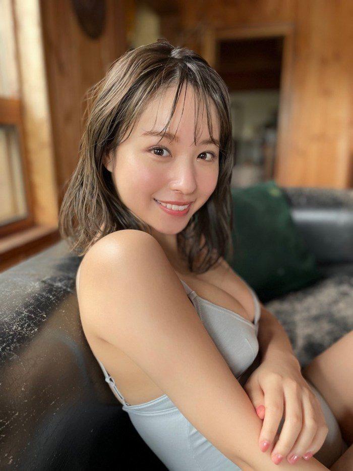 新井遥 画像010