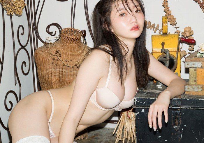 橋本萌花 画像018