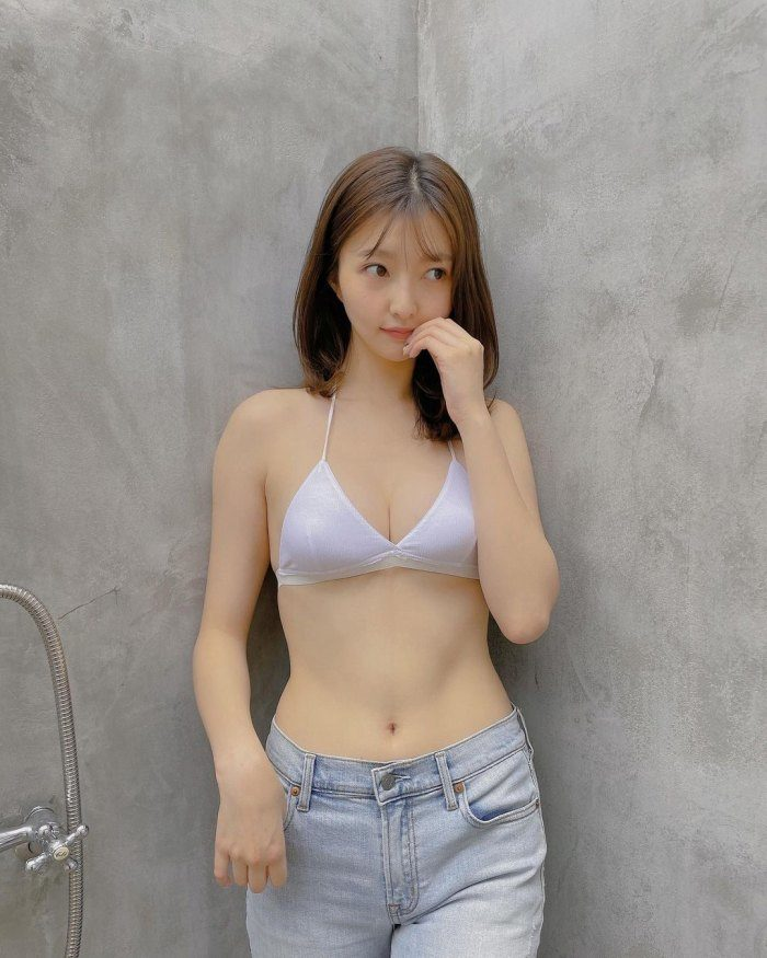 橋本萌花 画像019