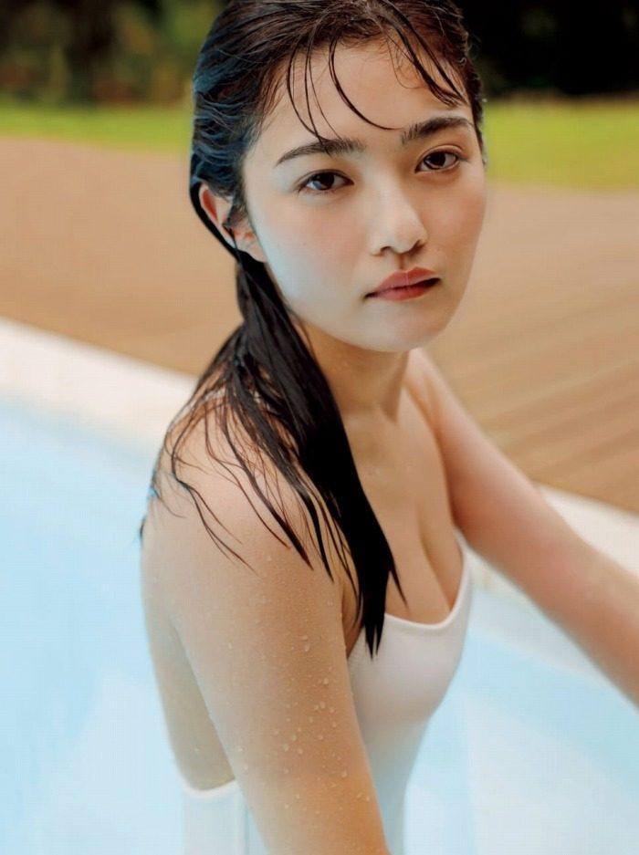 井上咲楽 画像001