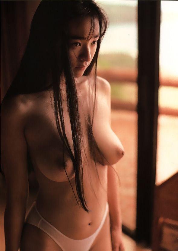 三浦綺音 画像026